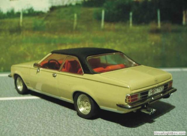 1971-1977 als schöner Stempel mit Holzgriff Opel Commodore B